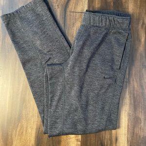 Nike size small therma fit women's sweats